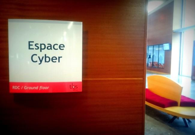 Le nouvel Espace Cyber du Bachelor